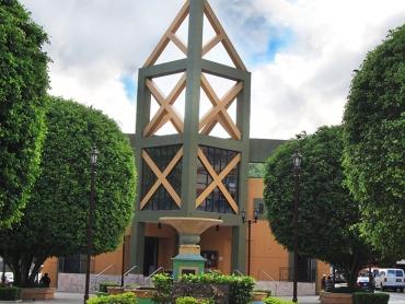 iglesiasmaller